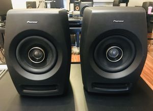 Pioneer RM-05 Professional Studio Monitor Speakers (PAIR) for Sale in Boca Raton, FL