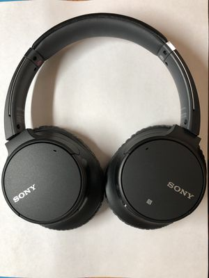 Sony WH-CH700N noise cancelling wireless headphone for Sale in Alexandria, VA
