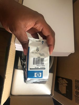 HP Wireless Printer w/Ink Cartridge & Paper for Sale in Fayetteville, NC