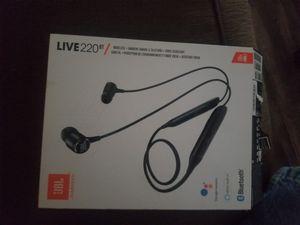 Jbl wireless earbuds live 220BT for Sale in Phoenix, AZ
