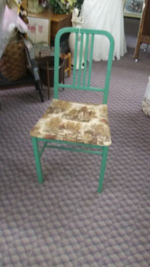 1950's Hospital chair for Sale in Spartanburg, SC