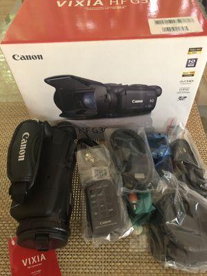 VIXIA HF. G 30 Camcorder-Camescope HD - Videocâmara H for Sale in Coconut Creek, FL