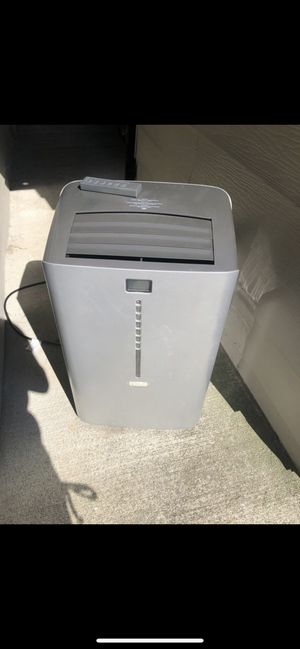 Idylis Air Conditioner 12000btu for Sale in Auburn, WA