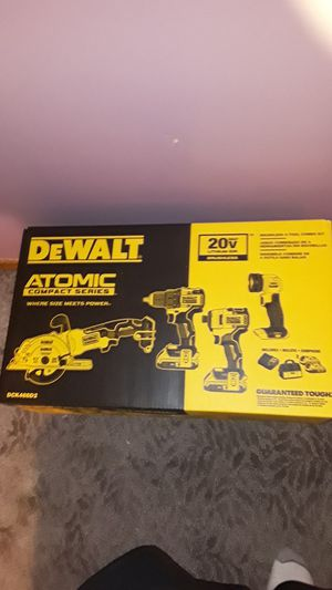 Dewalt atomic compact series 4pc for Sale in North Olmsted, OH