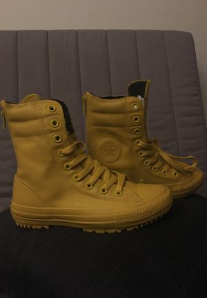 Size 5 Yellow Converse for Sale in Rockville, MD
