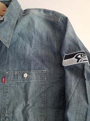 Levis NFL Seattle Seahawks Vintage Chambray Shirt Mens Distressed Blue for Sale in San Diego, CA