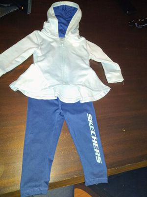 Skechers baby girl/ toddler sweatsuit jogger outfit for Sale in Rancho Cucamonga, CA