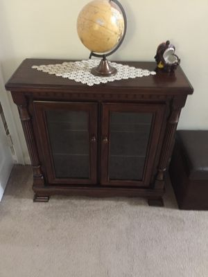 Cabinet w/ Glass Doors for Sale in Sully Station, VA