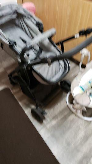Urbini recliner stroller for Sale in Homestead, FL