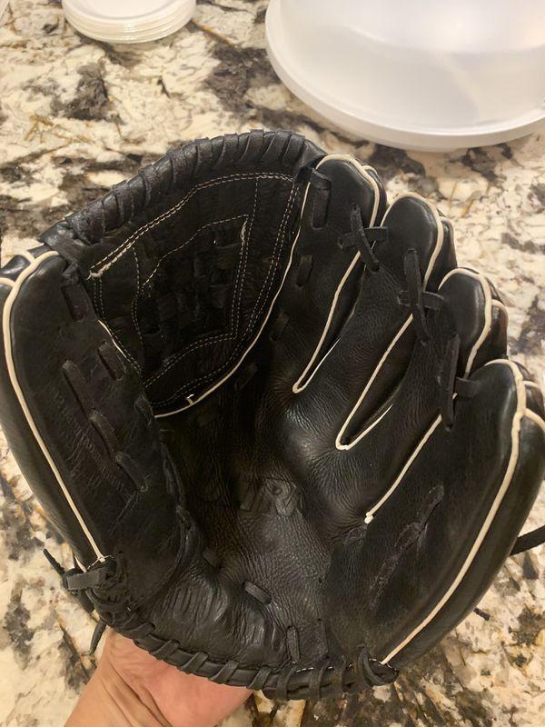 Softball Glove 12 1/2 Inch