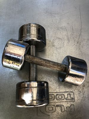 Dumbbell -set- (20 lbs x15lbs for Sale in San Jose, CA