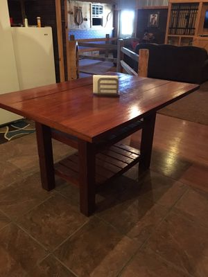 Kitchen table for Sale in Shawnee, OK