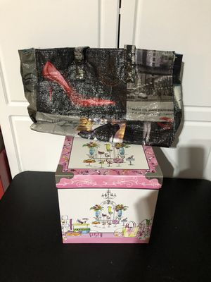 High heel bag and storage box for Sale in Cape Coral, FL