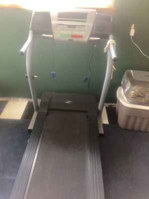 NordicTrack Treadmill C1800i /with iFIt for Sale in Federal Way, WA