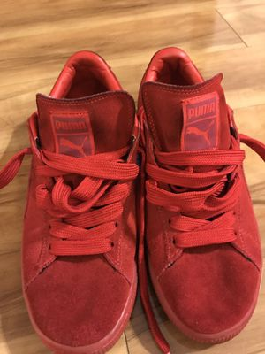 Red Puma Suede for Sale in Brentwood, NC