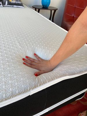 NEW MEMORY FOAM QUEEN SIDE MATTRESS AND BOX ALL NEW / BED FRAMES ARE NOT INCLUDED for Sale in Miami, FL