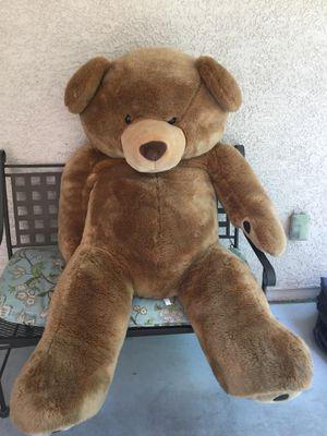 Big stuffed bear for Sale in Las Vegas, NV