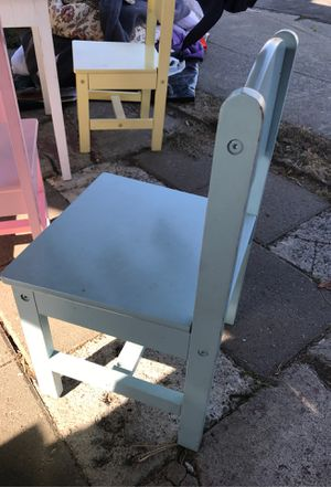 Kid Kraft Table with chairs for Sale in Richmond, CA