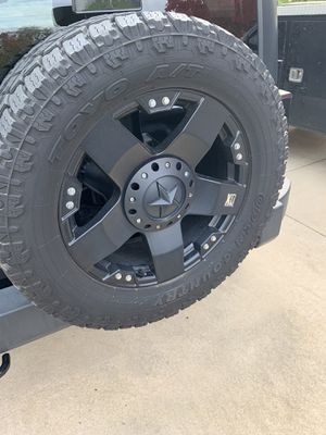 Rockstar wheels and tires for Jeep for Sale in Mount Laurel Township, NJ