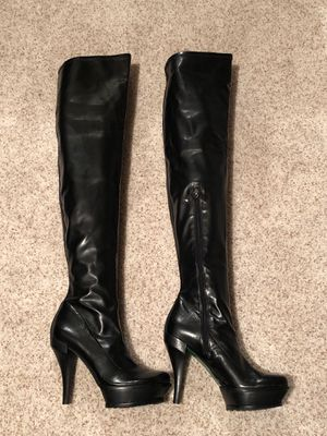Black Donald J Pliner over the knee - Thigh High boots NEW - size 8 for Sale in Thornton, CO