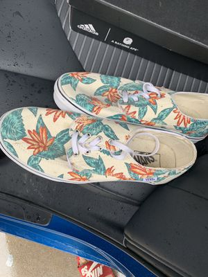 Vans size 10.5 for Sale in San Bernardino, CA