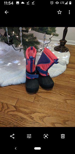 Kids rain/snow boots sz 13 for Sale in Downey, CA