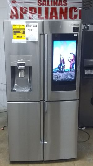 NEW. NUEVO FAMILY HUB REFRIGERADOR SAMSUNG STAINLESS 4 FLEX DOOR TRIPLE METAL COOLING. for Sale in Grand Prairie, TX
