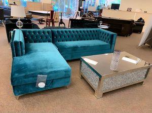 $1,040. SOFA SECTIONAL NEW IN BOX VELVET SECCIONAL NUEVO EN SU CAJA for Sale in Miramar, FL