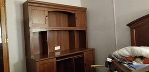 $100 Obo. Desk,cabinet,hutch. for Sale in Burnet, TX