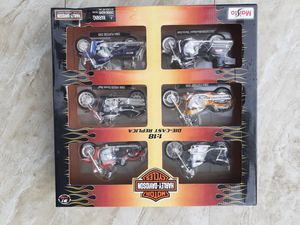 Harley Davidson series Maisto die cast replica 1/18 collectible toy for Sale in Hialeah, FL