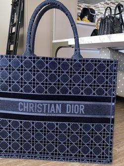 Christian Dior Tote Bag - Navy Blue for Sale in Las Vegas,  NV