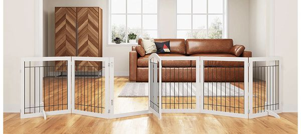 12 ft x 2 ft 6 in Pet Dog Gate / Kennel With Door