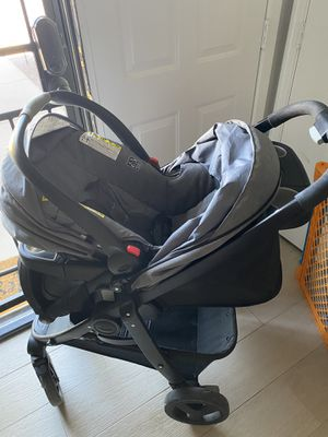 Graco Click Connect car seat and stroller for Sale in Peoria, AZ