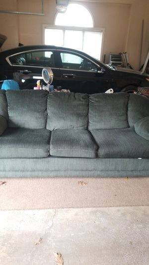 Comfy couch for FREE for Sale in San Diego, CA