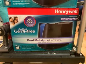 New never used Honeywell humidifier/air purifier for Sale in Oakland, CA