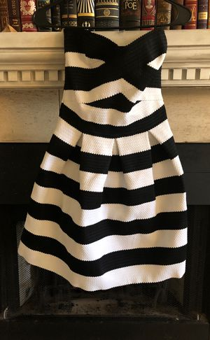 Express size small strapless party dress for Sale in Friendswood, TX