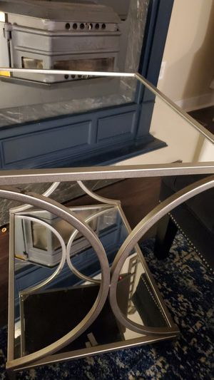 Glass /mirror end table for Sale in Bel Air, MD