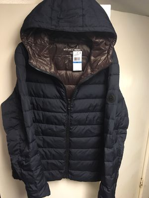 Michael Kors XL blue hooded puffer jacket for Sale in Seattle, WA