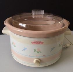 VERY RARE Vintage Pastel RIVAL 5-Quart Crock Pot & Cookbook - LIKE NEW for Sale in Palatine,  IL