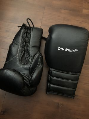 Off-White Boxing Gloves 16 oz for Sale in Newark, NJ