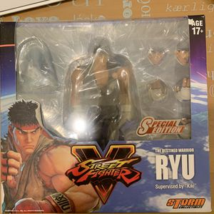 Street Fighter V: Ryu Brown Ver Special Edition Action Figure for Sale in El Monte, CA