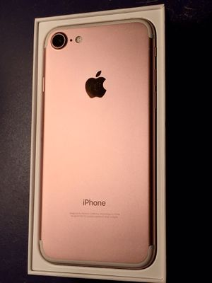 IPhone 7 32GB Unlocked any company for Sale in Vernon, CA