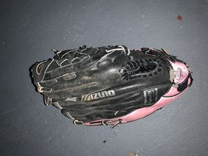 Girls Mizuno softball glove for Sale in Davie, FL