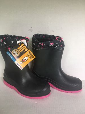 Girls Snowshoes waterproof snow boots or great for rain. Size 4 brand new never used for Sale in Orange, CA