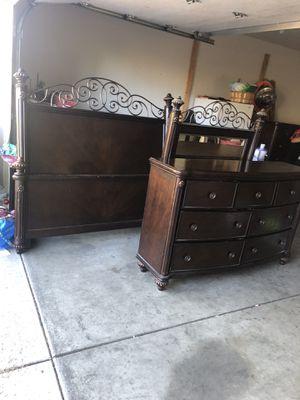 Queen Bedroom Set for Sale in Yakima, WA