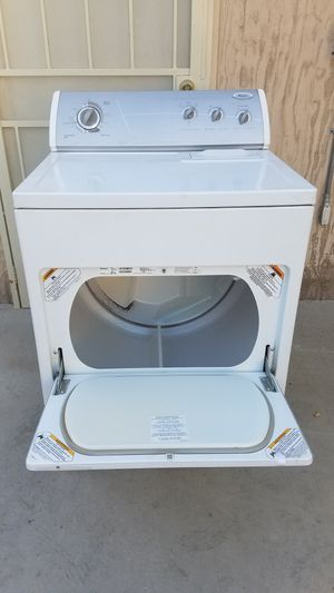 WHIRLPOOL LARGE CAPACITY GAS DRYER for Sale in Pico Rivera, CA