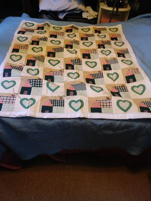 Hand/machine made quiltso for Sale in Rapid City, MI