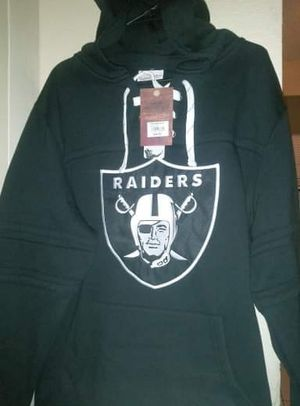 """Brand new with tags! Oakland Raiders Mitchell & Ness NFL """"Skate Lace"""" Pullover Hooded Sweatshirt Men's size Large stitched for Sale in San Diego, CA"""