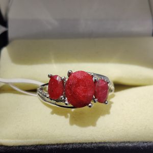 NATURAL RUBY & DIAMOND RING for Sale in Phoenix, AZ