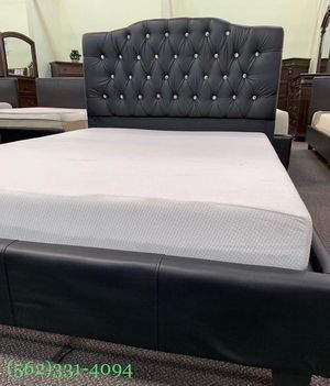 ♠️Brand new Tufted Calking bed with Orthopedic Supreme Mattress. for Sale in Fresno, CA